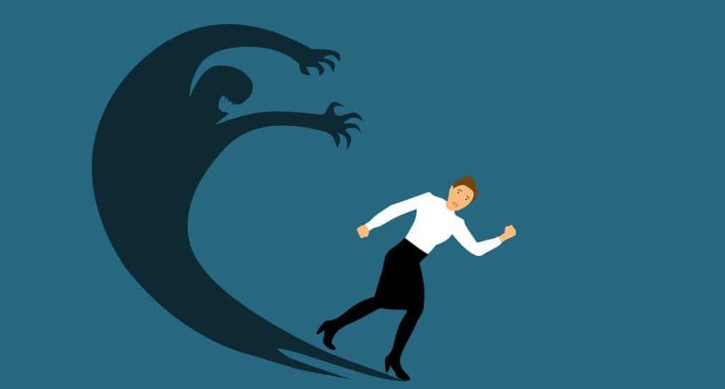 Illustration graphique dune personne prenant la fuite de son ombre qui la menace.
